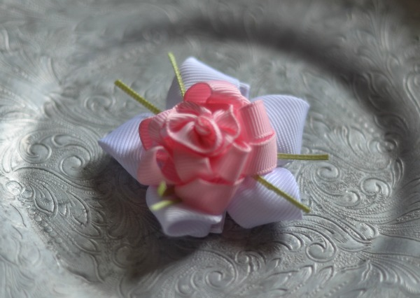 101 Light Pink and White Ribbon Flower